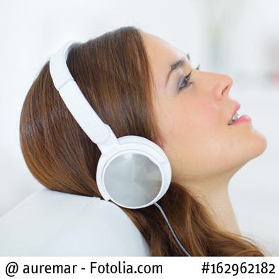 Hörtrainings unterstützen die Hörgerät-Anpassung