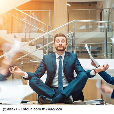 Zwischen den Stühlen? 5 Tipps um sich galant Zeit zu verschaffen!